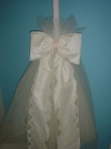 Lace bow -Traditional